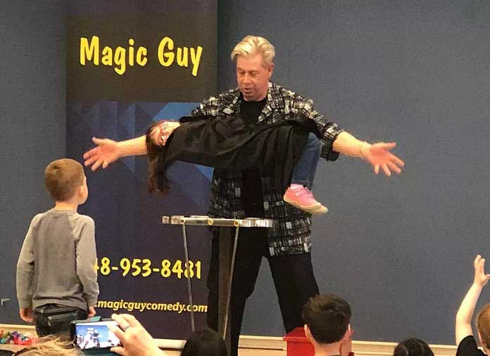 Magician Party Entertainment
